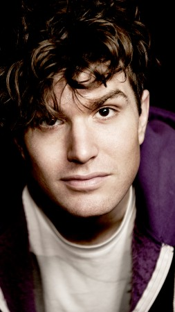 Joel Dommett, Skins, comedian, Best TV Series (vertical)