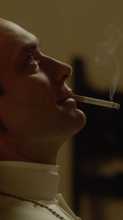 The Young Pope, Jude Law, smoke, Diane Keaton, best tv series (vertical)