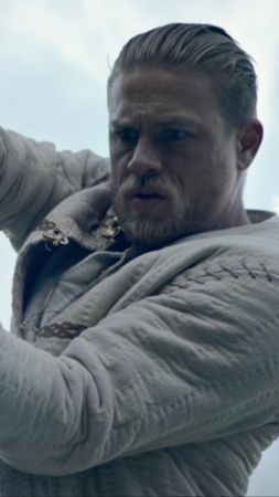 King Arthur Legend of the Sword, Charlie Hunnam, best movies (vertical)