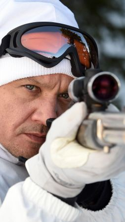 Wind River, Jeremy Renner, , sniper, best movies (vertical)