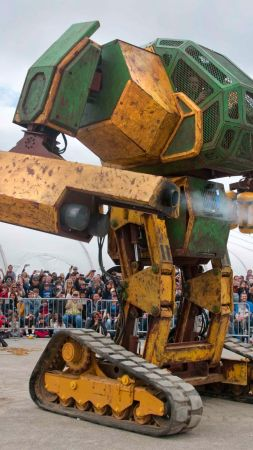 MegaBots, Mark III, battle mecha, robot battle, best robots (vertical)