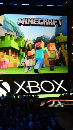 Minecraft, 4k, E3 2017, Xbox One X (vertical)
