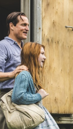 The Glass Castle, Brie Larson, Woody Harrelson, 4k (vertical)