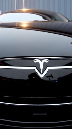 Tesla Model 3, 5k, 2017, release (vertical)