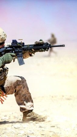 M4, carbine, assault rifle, U.S. Army, soldier, Iraqi, desert, firing