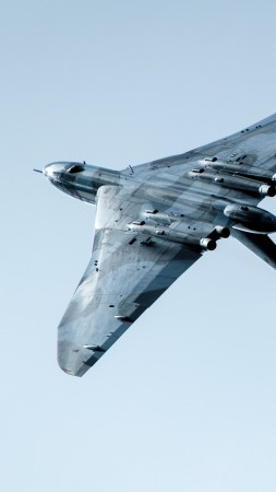 Avro Vulcan, bomber, Royal Air Force, 5k (vertical)