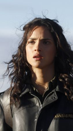 Adria Arjona, photo, 5k (vertical)
