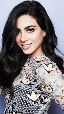Emeraude Toubia, photo, 5k (vertical)