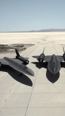 SR-71, Lockheed, Blackbird, jet, plane, aircraft, runway, U.S. Air Force (vertical)