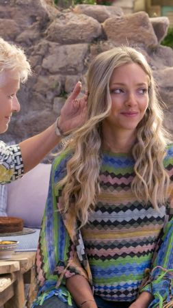 Mamma Mia! Here We Go Again, Christine Baranski, Julie Walters, Amanda Seyfried, 5k (vertical)