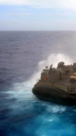 hovercraft, LCAC, Assault Craft Unit, U.S. Navy, LCAC 1, sea, training (vertical)