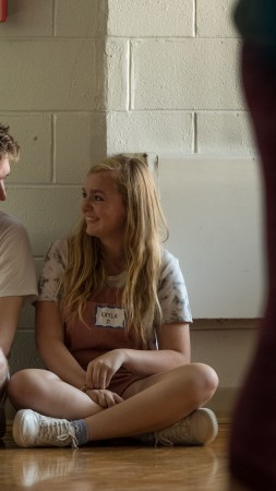 Eighth Grade, Elsie Fisher, 4K (vertical)
