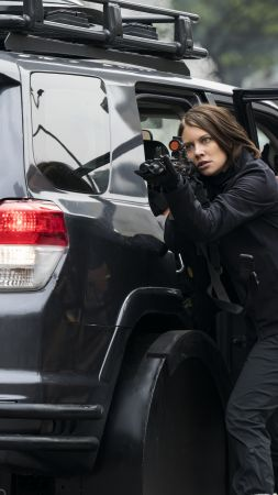 Mile 22, Lauren Cohan, 6k (vertical)