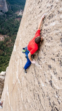 The Dawn Wall, Tommy Caldwell, 4K (vertical)