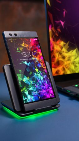 Razer Phone 2, 4K (vertical)