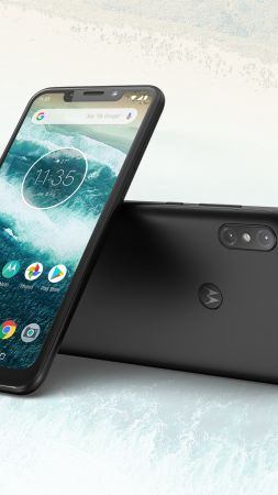 Motorola One Power, Android 9 Pie, HD (vertical)