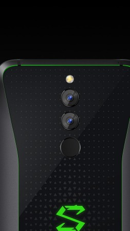 Xiaomi Black Shark Helo, Android 8.0 (vertical)