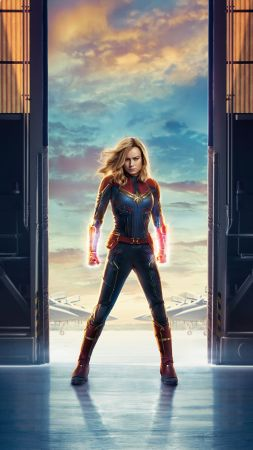 Captain Marvel, Brie Larson, 8K (vertical)
