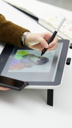 Wacom One, CES 2020, 5K (vertical)