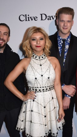 Pentatonix, Most Popular Celebs in 2015, Grammys 2015 Best Celebrity, a cappella group, Best a Cappella (vertical)