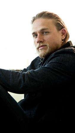 Charlie Hunnam, Most Popular Celebs in 2015, actor, screenwriter, Green Street (vertical)