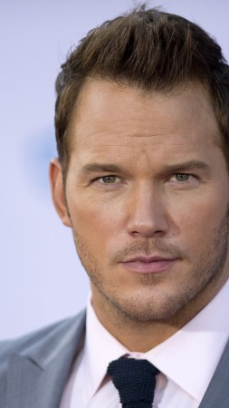 Chris Pratt, Most Popular Celebs in 2015, actor, Guardians of the Galaxy, movies, Peter Quill, Star-Lord (vertical)