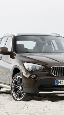 BMW X1, crossover, luxury cars, SUV, xDrive, sDrive, compact, review, test drive, rent, buy (vertical)