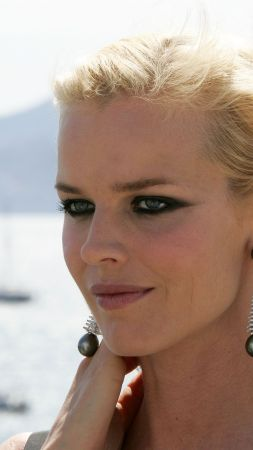 Eva Herzigova, Top Fashion Models 2015, model, actress, blonde, cafe (vertical)