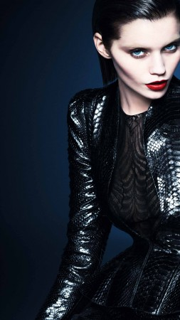 Karmen Pedaru, Top Fashion Models 2015, model, red lips, black suit (vertical)