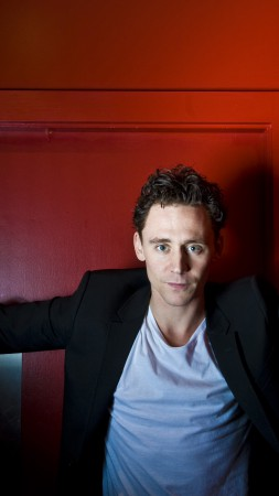 Tom Hiddleston, Most Popular Celebs in 2015, actor, I Saw the Light, Crimson Peak, Avengers: Age of Ultron