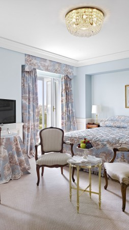 Hotel Du Cap Eden Roc, France, Best Hotels of 2015, tourism, travel, resort, vacation, room, bed, white, booking (vertical)