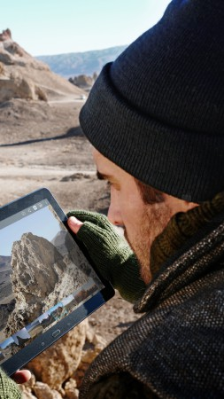 Samsung GALAXY Tab S, Best Tablets 2015, smartphone, review, travel, desert (vertical)