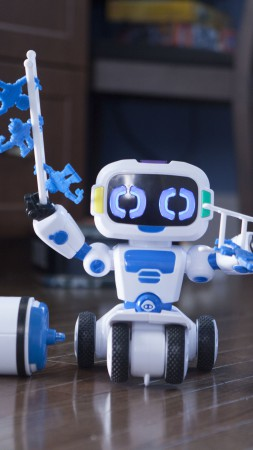 WowWee Tipster, robot for kids, robotic toy, review, test, robotic industry for kids (vertical)