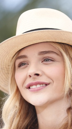 Chloe Moretz, actress, Most Popular Celebs in 2015, blonde, portrait