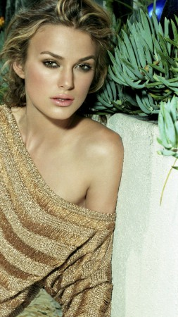 Keira Knightley, Most Popular Celebs in 2015, actress, singer (vertical)