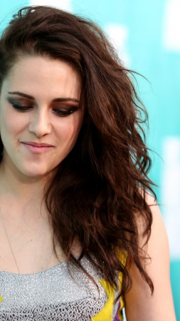 Kristen Stewart, Most Popular Celebs in 2015, actress, Bella Swan (vertical)