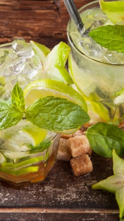 mahito, drink, cocktail, ice, sugar, fruit, lime, carambola, mint, lemon (vertical)