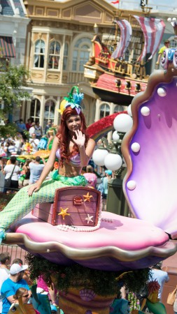 Festival of Fantasy: Disney's Best Parade, Little Mermaid, Ariel (vertical)