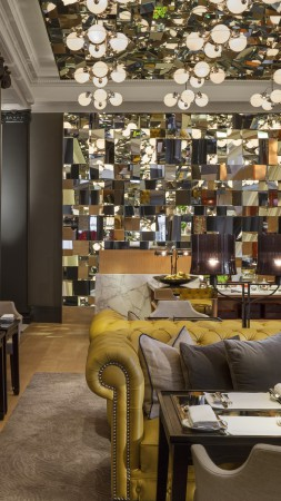Rosewood, London, Best Hotels of 2015, tourism, travel, resort, vacation, booking, interior (vertical)