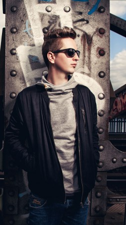 Robin Schulz, Top music artist and bands, DJ, electronic (vertical)