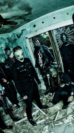 Slipknot, Top music artist and bands, Corey Taylor, Mick Thomson, Jim Root, Craig Jones, Sid Wilson, Shawn Crahan, Chris Fehn (vertical)