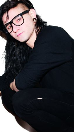 Skrillex, Top music artist and bands, musician (vertical)