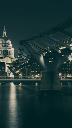 UK, bridge, night, river (vertical)