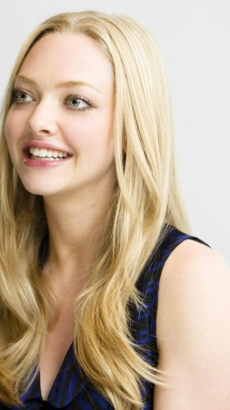Amanda Seyfried, Most Popular Celebs, actress, blonde (vertical)