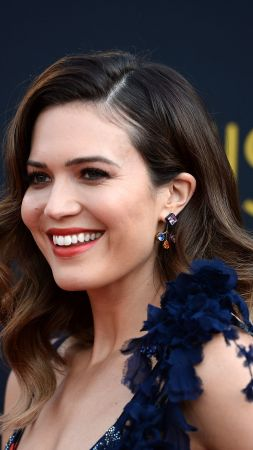 Mandy Moore, Top music artist and bands, singer, actress (vertical)