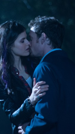 Burying the Ex, Best Movies of 2015, movie, Alexandra Daddario (vertical)