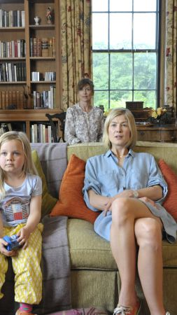 What We Did On Our Holiday, Best Movies of 2015, movie, Rosamund Pike (vertical)