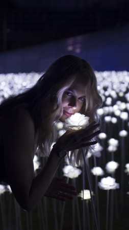 Nicole Kidman, Most Popular Celebs, actress, singer, flowers