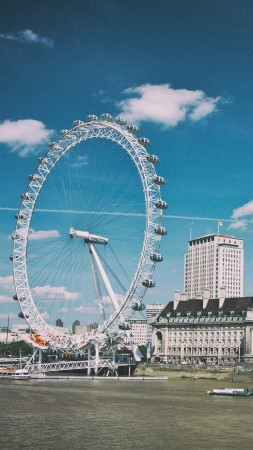 London Eye, Thames, London, England (vertical)