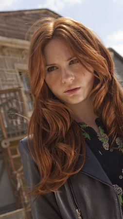 Karen Gillan, Most Popular Celebs, actress (vertical)